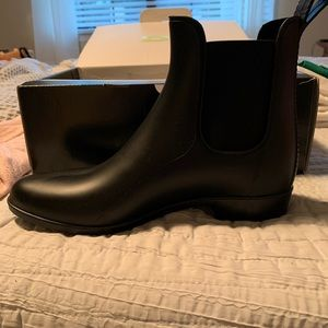J. Crew factory Chelsea boots